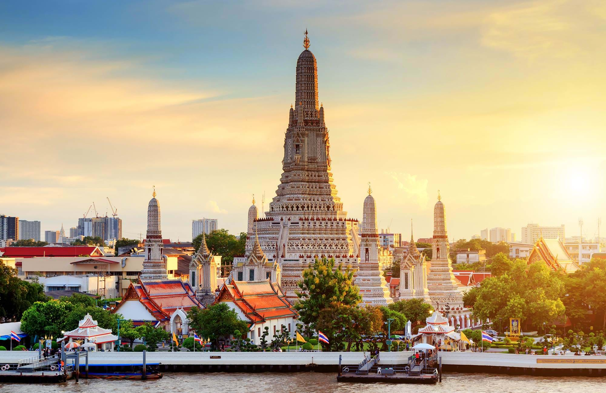 bangkok-wat-arun-temple-at-sunset-cover