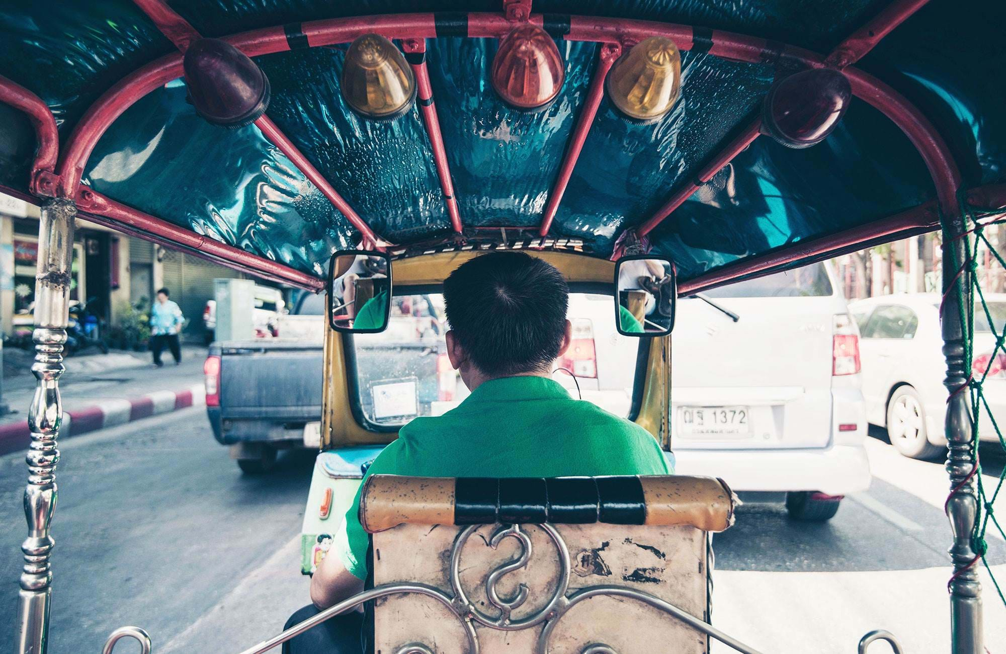 thailand-tuktuk-driver-from-behind-cover