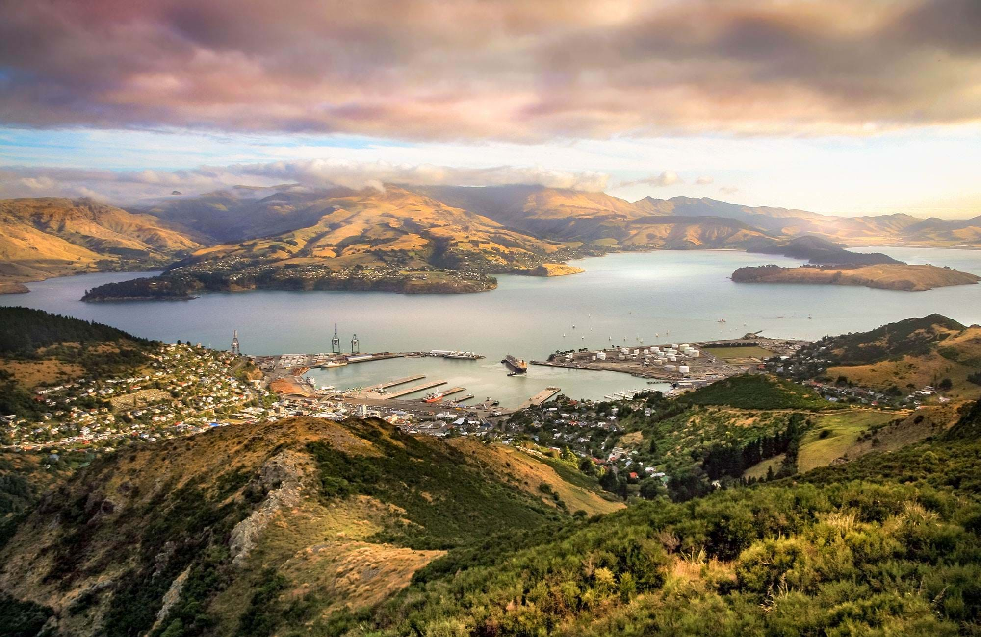 new-zealand-christchurch-view-over-harbour