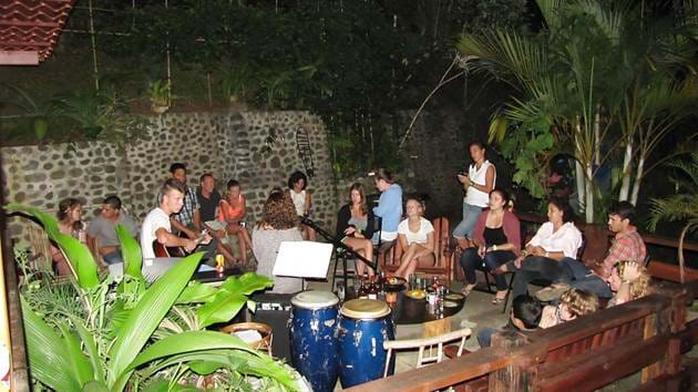 turrialba---music-party